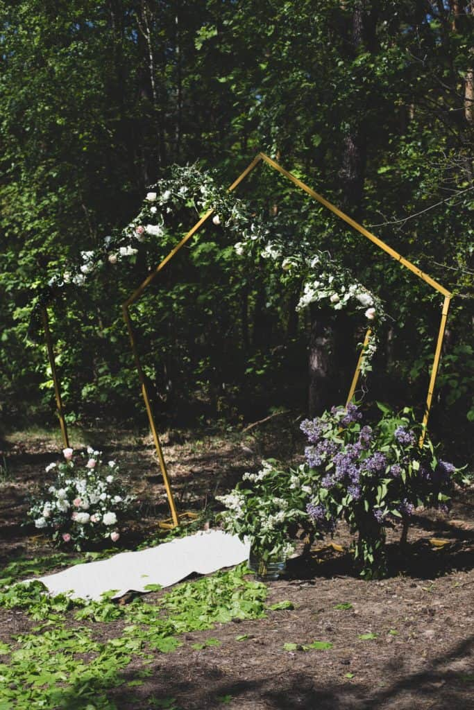 łuk ślubny geometryczny, heksagon ślubny