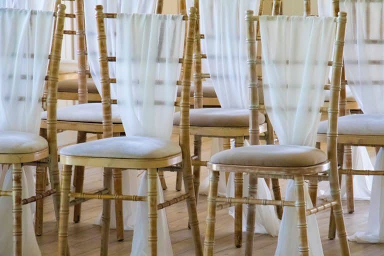 krzesła na wesele